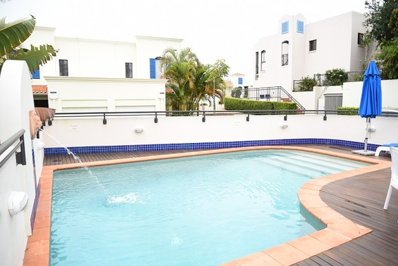 Home exchange in,Australia,Coolum Beach,2nd outdoor pool and entertaining area