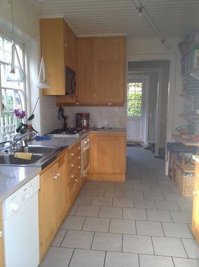 BoligBytte til,Sweden,Stockholm, 0k, S,Kitchen towards the entrace hall.
