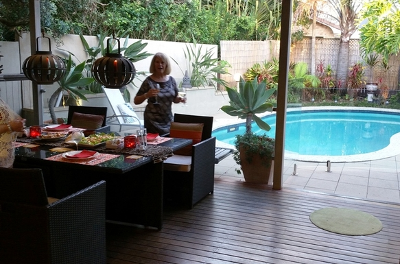 Home exchange in,Australia,BUDDINA,Back Deck - Poolside Dining