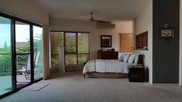 Home exchange in,Australia,BUDDINA,Master Retreat opening onto balcony