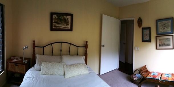 Home exchange in,Australia,BUDDINA,Yellow guest room, bathroom adjacent.