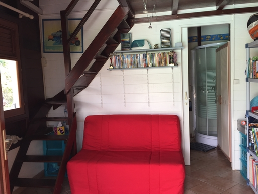 BoligBytte til,Martinique,Diamant, 1km, N,The third bedroom has a futon and a mezzanine