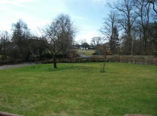 BoligBytte til,United Kingdom,Carnwath,Front Garden