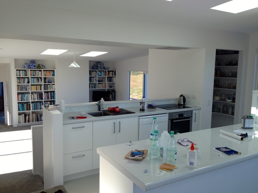 BoligBytte til,New Zealand,Waikanae,Kitchen, looking through to living area