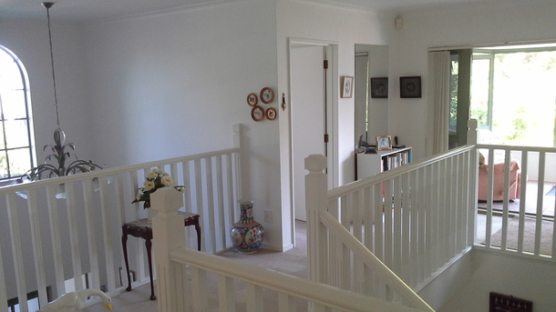 BoligBytte til,New Zealand,Blenheim,Upstairs landing leading to 3 enormous bedrooms &