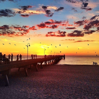 Home exchange in,Australia,DAW PARK,sunset at Glenelg