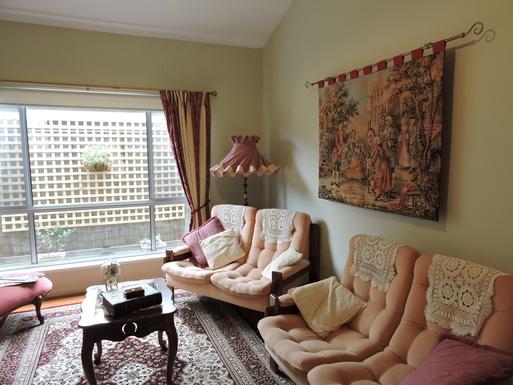 Home exchange in,Australia,Worrigee,Lounge Room