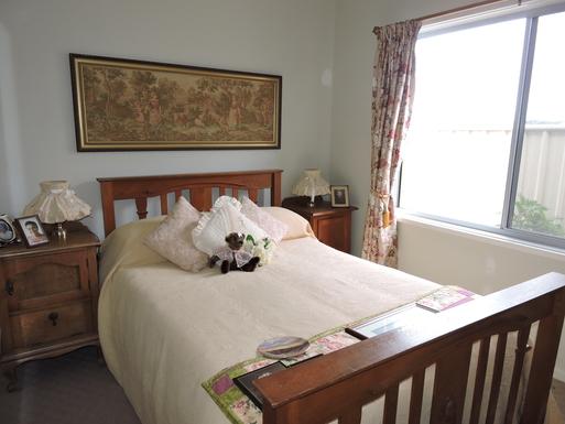 Home exchange in,Australia,Worrigee,The English Oak Room
