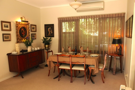 Home exchange in,Australia,BALGOWLAH,Dining room