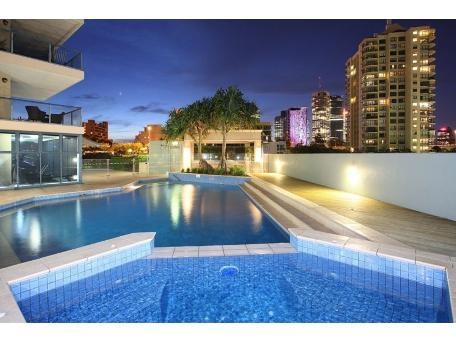 Home exchange in,Australia,Brisbane CBD,,The Complex Swimming Pool