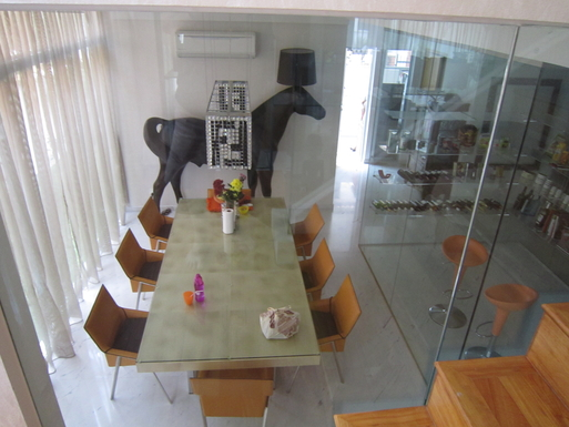 BoligBytte til,Singapore,Singapore,Dining table for 8+