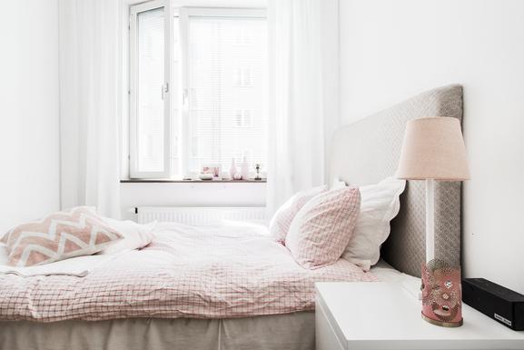 BoligBytte til,Sweden,Stockholm,Bedroom with queensize bed (140 cm)