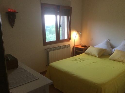 BoligBytte til,Spain,Montejo de la Sierra,Double bedroom, uniterrupted view across fields
