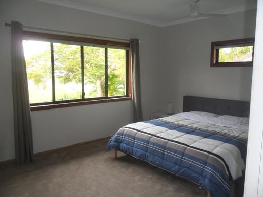 Home exchange in,Australia,Elanora, Gold Coast,master bedroom