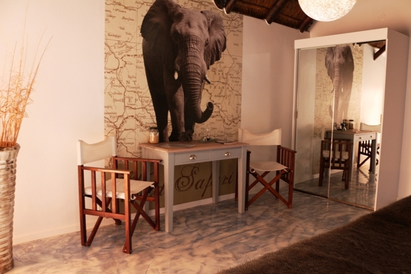 "BoligBytte til,South Africa,Hout Bay / Cape Town,The ""Elefant"" bedroom"