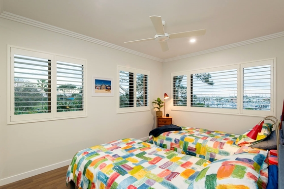 Home exchange in,Australia,MOOLOOLABA,BR2 overlooking park and river