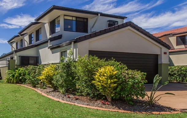 Home exchange in,Australia,Merrimac,FROM THE BEACHES TO THE MOUNTAINS GOLD COAST VILLA