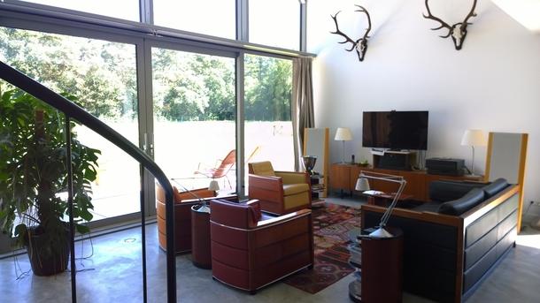 BoligBytte til,Netherlands,Austerlitz , 60km SE of Amsterdam,Livingroom on back-side meadow