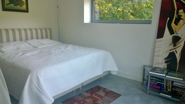 BoligBytte til,Netherlands,Austerlitz , 60km SE of Amsterdam,Kingsize bed in art studio