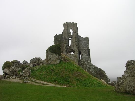 Home exchange in,United Kingdom,POOLE,Built by William the Conqueror, the castle dates b