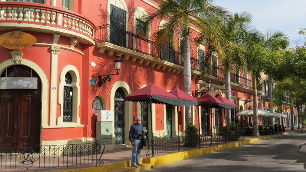 BoligBytte til,Mexico,Mazatlan,Historic district, stroll, eat, listen to music.
