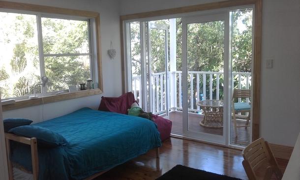 Home exchange in,Australia,BALMAIN,One of 4 bedrooms, 2nd floor with balcony.