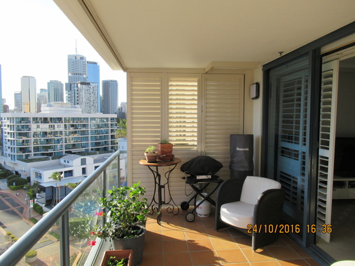 Home exchange in,Australia,Brisbane CBD,,Our deck.