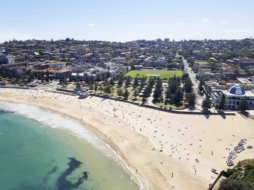 Home exchange in,Australia,RANDWICK,Coogee beach, our street is at the right of this.