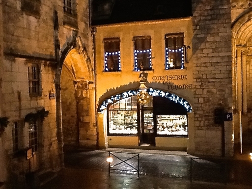 BoligBytte til,France,La Charite-sur-Loire,View of chocolate shop from dining window