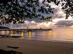 Home exchange in,Australia,PALM COVE,Beach and pier opposite Peppers