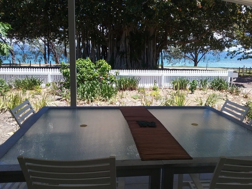 BoligBytte til,Australia,Magnetic Island,dining over looking the ocean