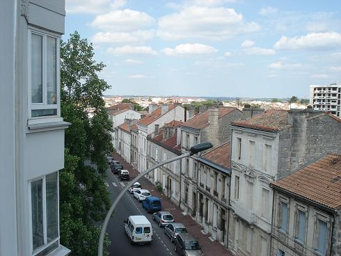 BoligBytte til,France,Angouleme, km, 0,just above Bd Chabasse leading to Farmers' Market