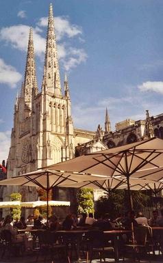 BoligBytte til,France,Angouleme, km, 0,Bordeaux (TGV train: 45 minutes)