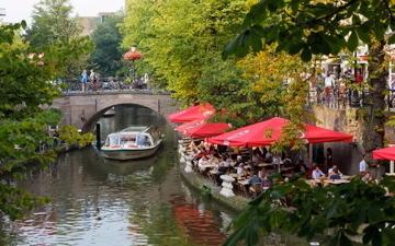 BoligBytte til,Netherlands,Houten,Canal in Utrecht