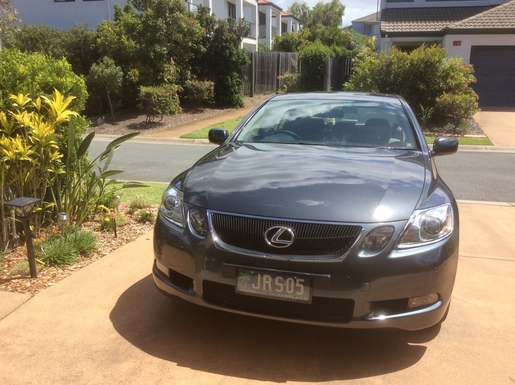Home exchange in,Australia,Merrimac,Lexus 300GS is negotiable with comparable car.