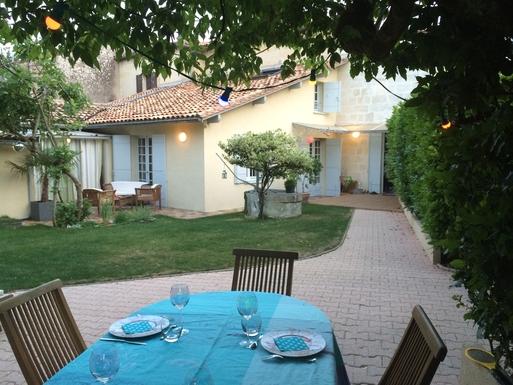 BoligBytte til Frankrig,Bouliac, Nouvelle-Aquitaine,Bordeaux-Charming house with garden,Boligbytte billeder