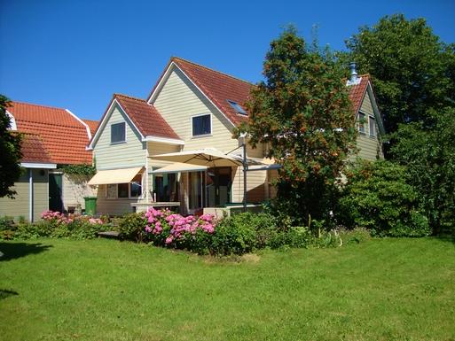Koduvahetuse riik Holland,Amsterdam, 2k N, NY,Modern wooden house near Amsterdam (2 km),Home Exchange Listing Image