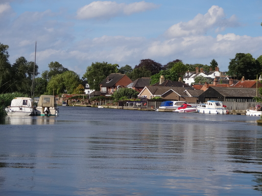 River Waveney at Beccles