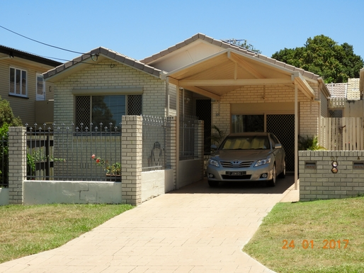 Home exchange in,Australia,Margate,View of our home from the street.