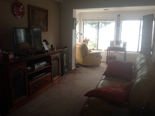 Home exchange in,Australia,LAKE HEIGHTS,upstairs lounge