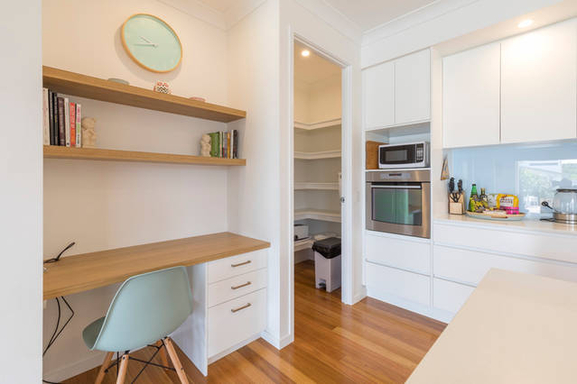 Home exchange in,Australia,MOUNT COOLUM,Study nook with data connection in kitchen
