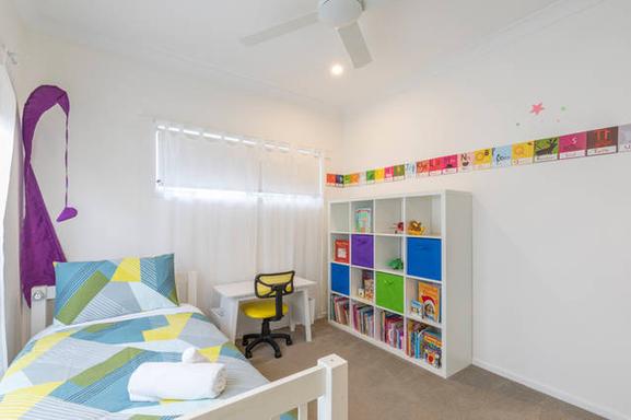 Home exchange in,Australia,MOUNT COOLUM,Single bed