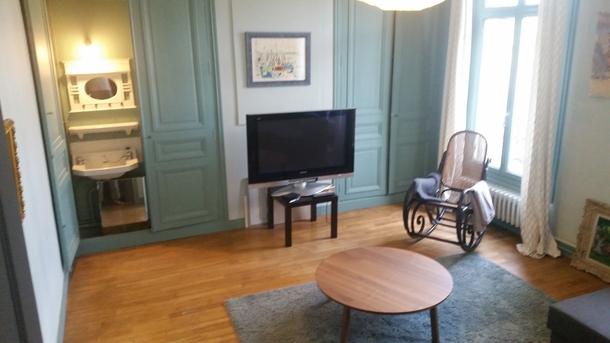 BoligBytte til,France,TOURS,TV room on 2nd floor