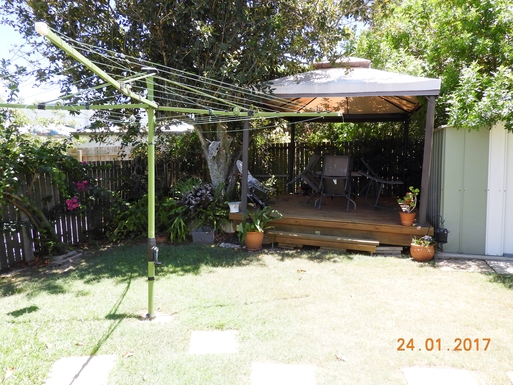 Home exchange in,Australia,Margate,Backyard deck