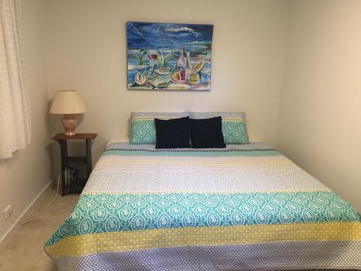 Home exchange in,Australia,WOOLGOOLGA,Downstairs Guest Bedroom 2. King or 2 single beds.