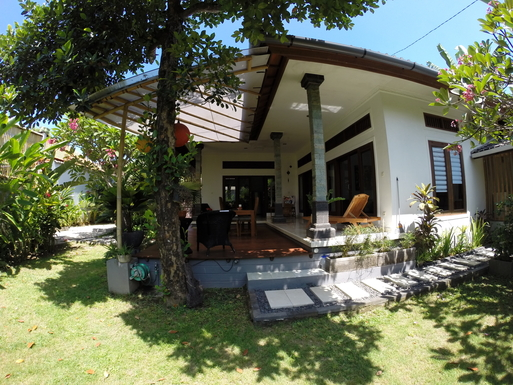 Home exchange in,Indonesia,Legian,The north side with the terrace