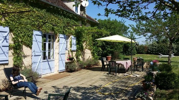 Home exchange in,France,Rocamadour,Shaded terrace