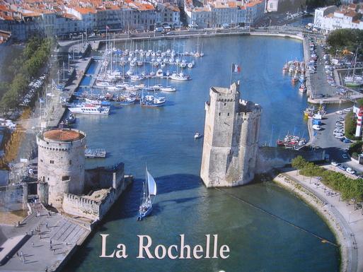 La Rochelle : entrée du vieux  port