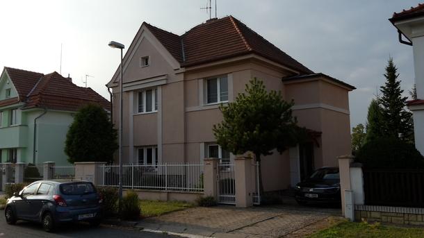 BoligBytte til Tjekkiet,Čelákovice, Prague - East,HOUSE 15MIN FROM PRAGUE,Boligbytte billeder