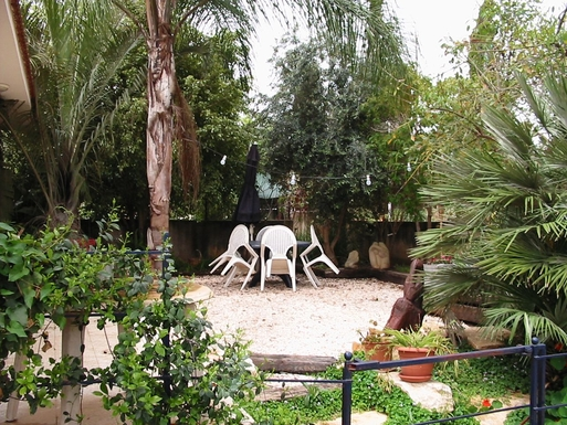 Home exchange in Israël,Pardes Hanna-Karkur, Sharon,Israel - Tel Aviv, 60k, N - House (1 floor).,Echange de maison, photo du bien